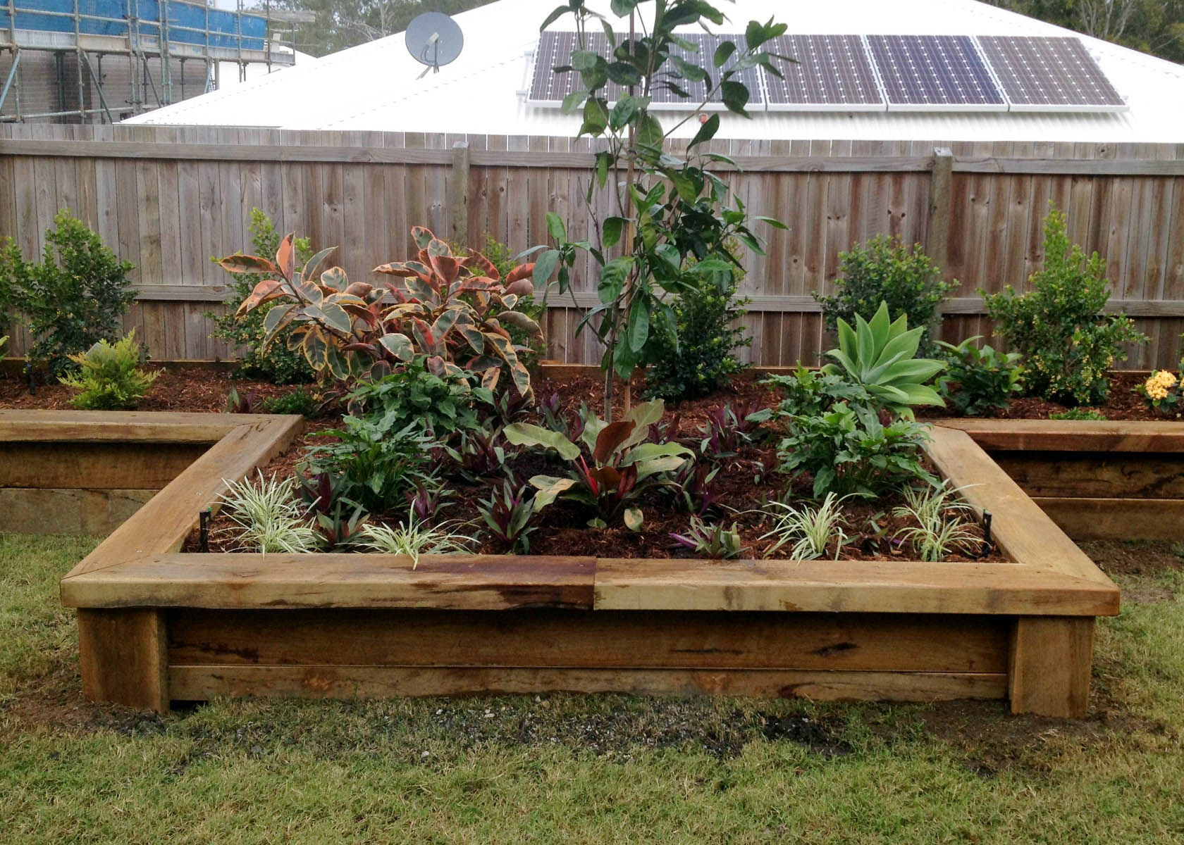 Residential landscaping projects in brisbane gallery for Residential landscaping